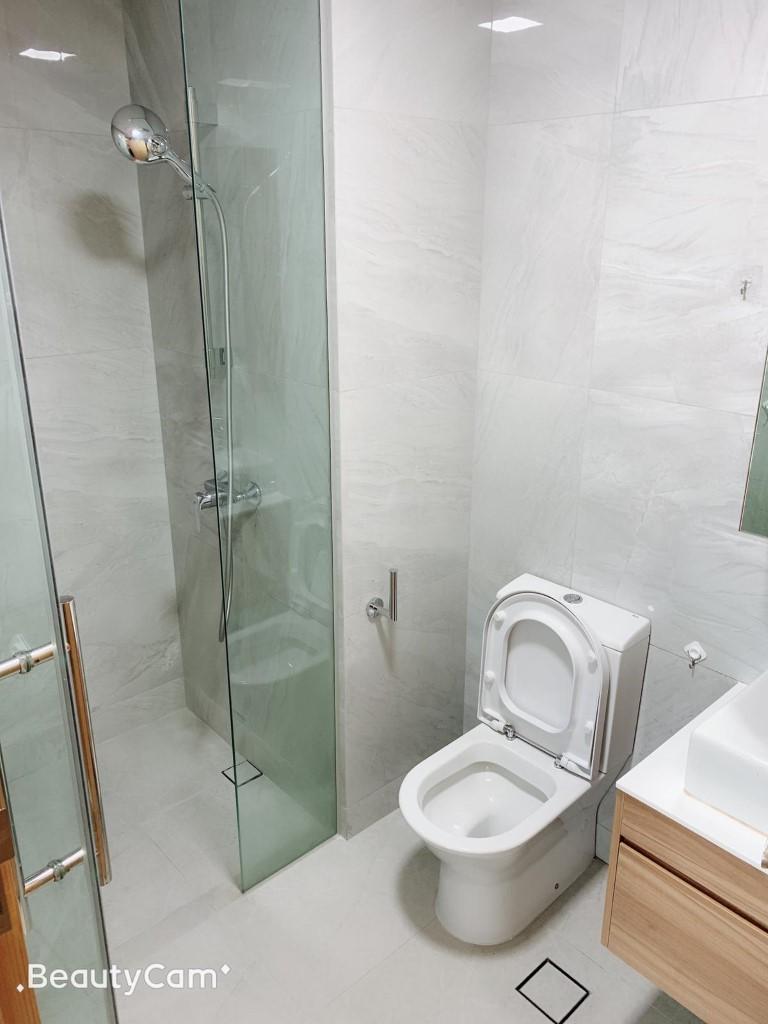 TRE Toilet