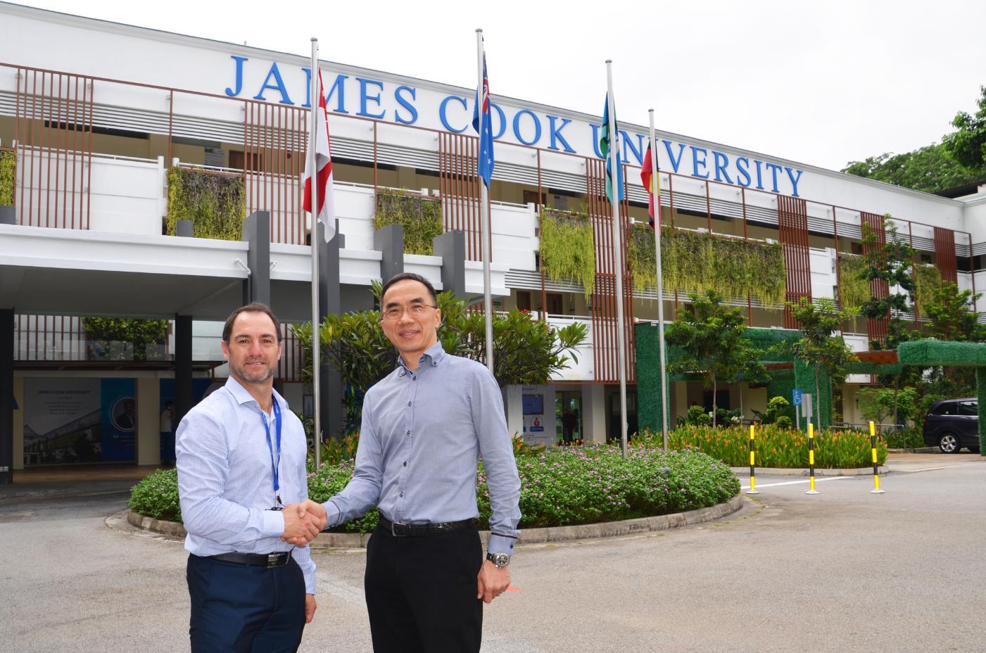 Prof Dean Jerry and Associate Professor Matthew Tan, Oceanus Tech CEO
