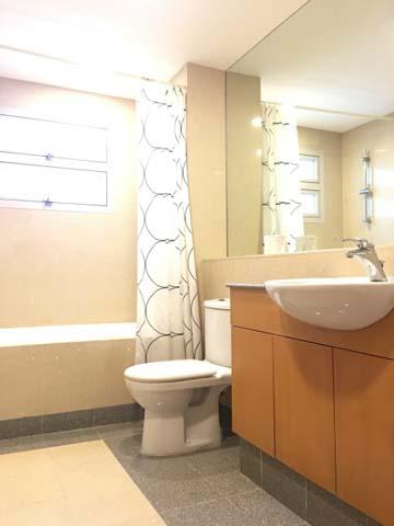 Hullet - Bathroom