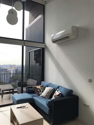 Sant Ritz - Living Room