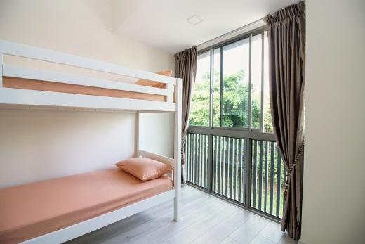Room Photo 6